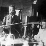 Marie Curie ve Pierre Curie Kimdir? Atom ile İlgili Yaptığı Çalışmaları