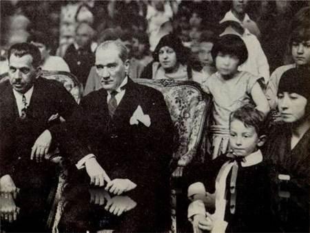 Atatürk'ün öğrencileri