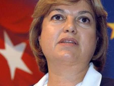 ilk kadın başbakan tansu çiller