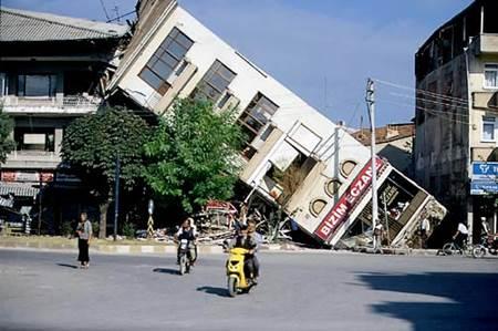 1999-depremi-1