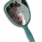Ayna Kırılması Uğursuzluk Getirir Mi?